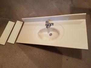 Marble Vanity Top/Sink w/ taps