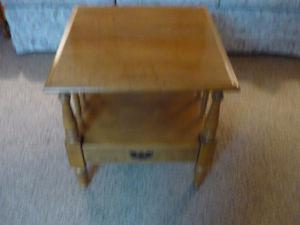 Roxton Maplewood Table (Size 23 w x 23 d & 23 High