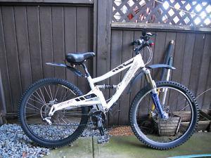 Sale Specialized mountain bike.