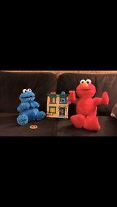 Sesame Street Toy Lot - big hugs Elmo, Cookie Monster, more