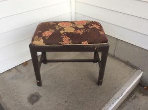 vintage wooden vanity bench