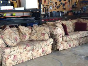 Couch and matching sofa for sale!
