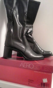 *** Ladies Boots - Brand New in the Box ***