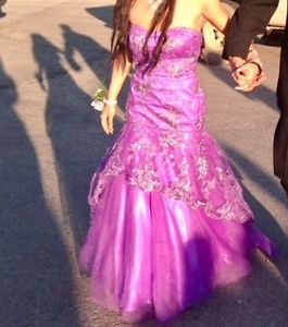 Prom dress for sale asking 250