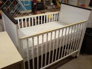 3 in 1 crib with mattres $60