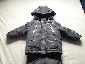 Boys Oshkosh jacket and snow pants