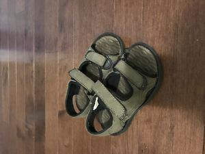 Toddler boys sandals sizes 8 and 9