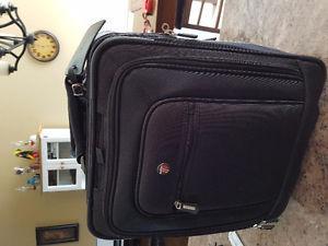 Travel laptop suit case