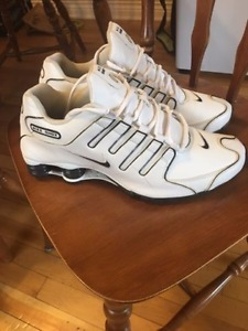 Wanted: Nike Shox - looking to buy