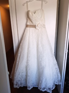Wanted: Wedding Dress