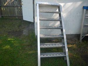 heavy duty welded aluminum steps