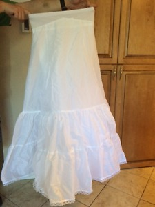 Brand New David's Bridal Petticoat - Size 16