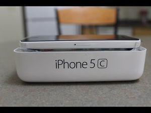 Iphone 5c white - 32 gb $250