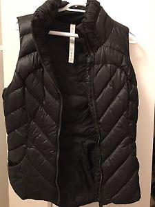 Lululemon vest size 8