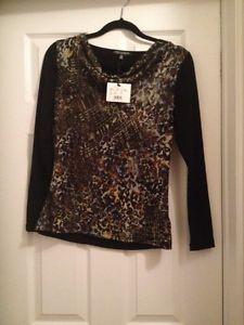 Never worn Melanie Lynn shirt for sale