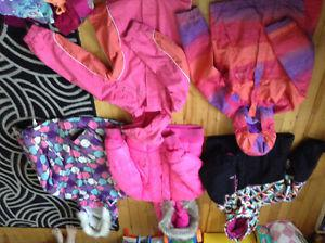 Selling two garbage bags of girls clothes sizes 7-9
