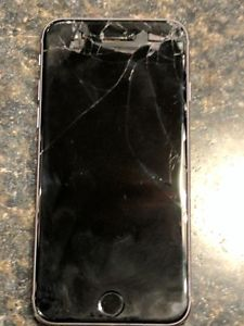 iPhone 6 works but with cracked screen
