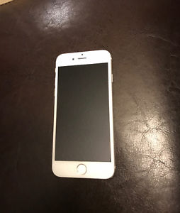 iPhone GB Silver Rogers Chatr Excellent Condition