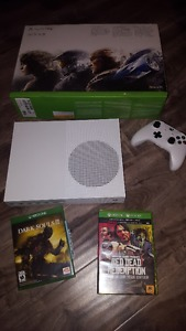 looking to trade my Xbox one S 500g for a ps4