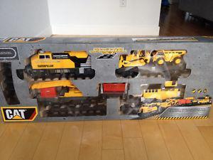 Caterpillar Motorized Construction Express Train Set