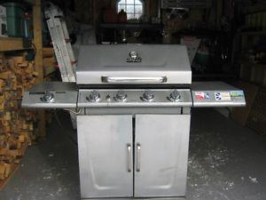For sale 1 master chef stainles steele bbq cover & tank