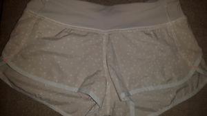 Lululemon lined shorts size 4