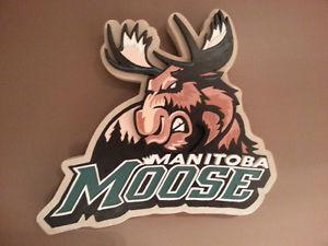 MANITOBA MOOSE RESIN WALL PLAQUE NEW IN BOX