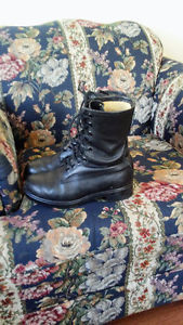 Mens Size 9 Leather Steel Toe Boots