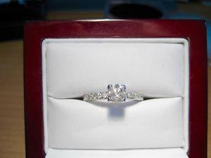 New 0.65 TDW Solitaire Diamond with Accents Engagement Ring