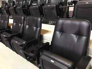 OILERS v. Coyotes, Isles $260/seat OBO in Sportnet Club