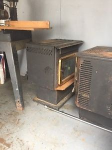 Pellet and oil stove