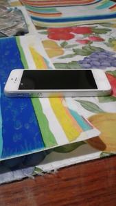 Silver iPhone 5 32 gb