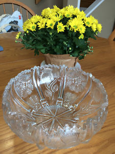 Vintage Crystal Thistle Bowl in MINT Condition