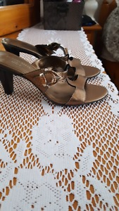 Anne Klein shoes size 8.5 never worn