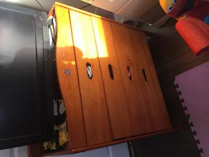Dresser change table NEED GONE TODAY