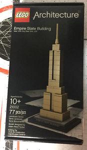 Lego Architecture Empire State Building MIB New in box