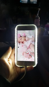 Light up iPhone selfie case