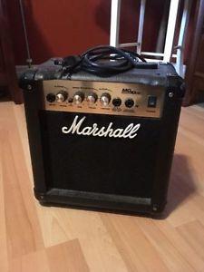 Marshall MG10CD guitar amplifier amp like new