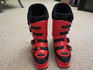 ROSSIGNOL DOWNHILL SKI BOOTS SIZE 25.5 Mens 7.5 or Ladies