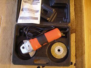 """black&decker 4-1/2"""" angle grinder"""