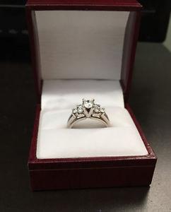 14K 7 Diamonds Engagement Ring