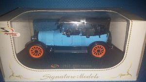 NEW IN PACKAGE Signature Diecast Cars:  Rio