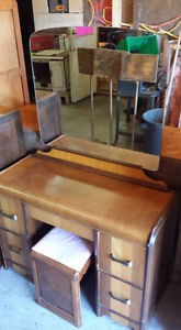 vanity with mirror and stool and 4 drawer chest $300 set