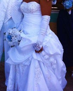 Beautiful clean wedding dress