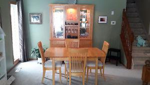 Dufresne Complete Dining Set