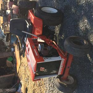 Garden tractor in great shape asking 600