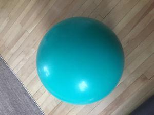 60 cm Fitness exercise gym yoga ball, no pump