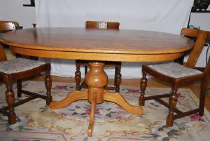 EUROPEAN OAK DINING TABLE AND SIX CHAIRS