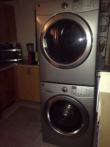 Excellent working Front Load Washer and Dryer steam set!!!!!