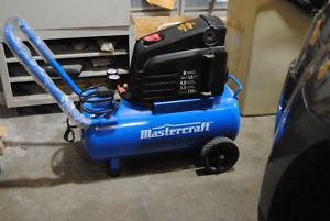 Master Craft 8 gallon air compressor